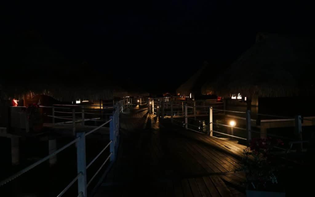 Black night on bungalows