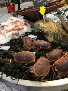 Fresh crabs at the market in La Rochelle